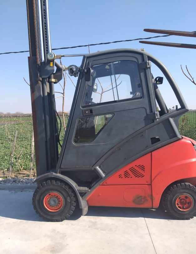 Stivuitor second-hand Linde H-25D